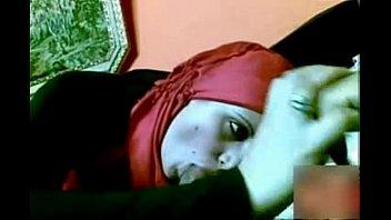 1481763 arab girlfriend eat chock of bf 2 min