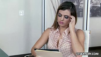 Dolla who the fuck is that free mp3 download Epic round ass on keisha grey