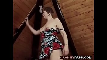 Doggie granny sex - German grandma