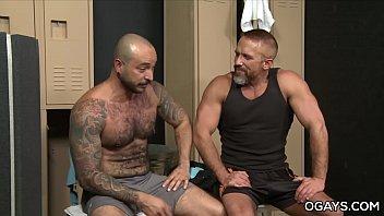 Sweaty Gay Sex - Dirk Caber, Julian Torres