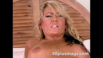30 and 40 mature Divorced blonde milf goes anal
