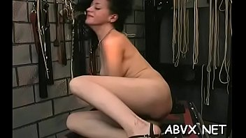 Lascivious bimbo is sextoy her ly juice cuch