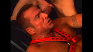 Free leather gay passwords Pacific sun - leather bears - scene 3