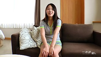 女の子素顔や飾らないプライベートなSEXを映す、新しくなった「モデルコレクション」に現役女子大生の矢吹エリちゃんが登場 1