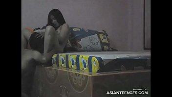 Durchgesickertes Sexvideo der jungen asiatische...