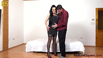 Hot brunette MILF Alla Minx gets proper fucking and pussy gaping from Kamil Klein 6 min