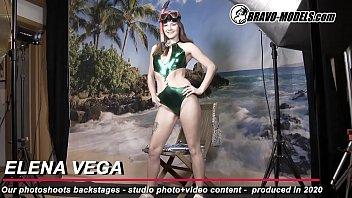 379 - Elena Vega - Backstage from photoshoot Theme beach diver girl