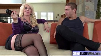 Sluty mature milf - Alura jenson busty hot mature housewife get sluty in hard sex scene mov-04