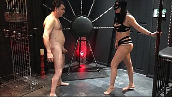 Chewing testicles femdom - Ballbusting: mistress arabella destroys the testicles of andrea diprè