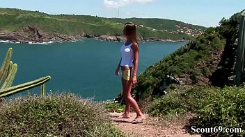 Extrem Hot Teen Fuck Anal and Pussy at Beach in Threesome