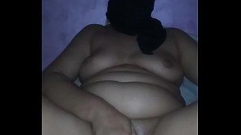Squirting arab wife 6 min