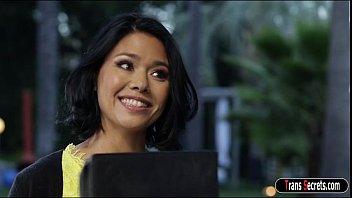 Asian ts dominatrix Jessica Fox throatfuck milf Dana Vespoli