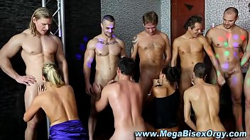 Bisexual swingers Bi group dick sucking orgy