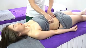 young japanese married massage 14分钟