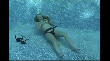 Mermaid Maggie Underwater Stripping