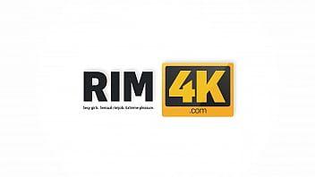 RIM4K. Wife thanks her hubby for preparing breakfast with a rimjob