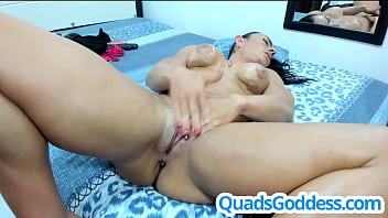 Muscle Girl Have Multiple Squirts