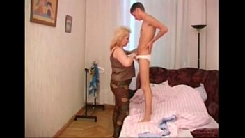 4339283 big hanging tits mom and not her son porno izle