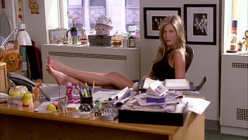 Jennifer Aniston's feet on 30 Rock (Loop)