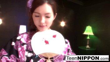 Gorgeous Asian strips off her kimono to have some fun thumbnail