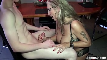 Aunt helps the 18 year old boy with his first fuck