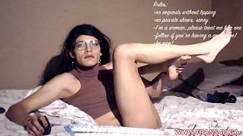 Hot Trans SELF SUCK Like CRAZY !!! MORE FREE TRANS CAMS WWW.TRANS4U.GA Vorschaubild