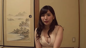 """https://bit.ly/3mMnNpp """"""""Is it okay if your first sex partner is a milf?"""" G cup or more! A beautiful wife with big breasts challenges a mixed bathing with a virgin and a towel! Japanese amateur mature porn.[Part 2]"""