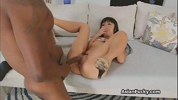หนุ่มฝรั่งควยยาวมาได้มาเสียวอยู่กับสาวญี่ปุ่นตัวเล็กเสร็จเร็ว