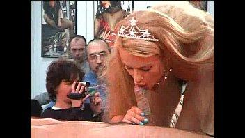 Vintage wicker doll - Rossana doll -festival erotico barcelona