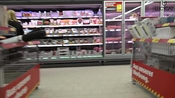 Lucy Cat Fucking in Supermarket - Sex Im Supermarkt - Public thumbnail