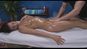 Gal Plays With Vibrator