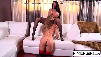 Hot White Couch lesbian fun with Nicole Aniston & Amy Anderssen!