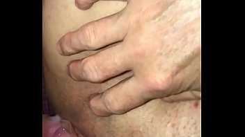 Filling her pussy up