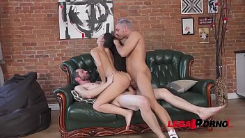 First time double penetration for Kris Owl MS015