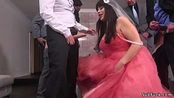Chubby bride gets double penetration
