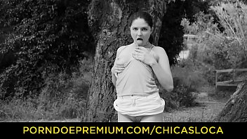 CHICAS LOCA - Italian babe Francesca Dicaprio gets banged by BBC outdoor 8 min