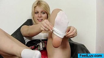 Cute blondie Ruth bare feet show and footjob
