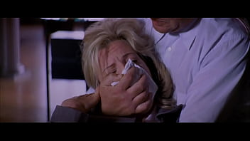 Kim Basinger c.