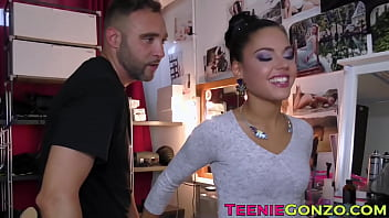Young Latina Apolonia Lapiedra Blows Before Anal Insertion 10 Min