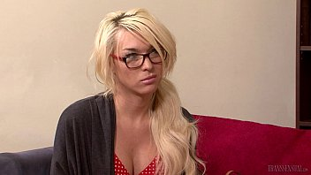 """Aubrey Kate in love with her therapist <span class=""""duration"""">6 min</span>"""