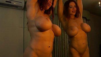 Busty Bodybuilder Masturbates in the Mirror