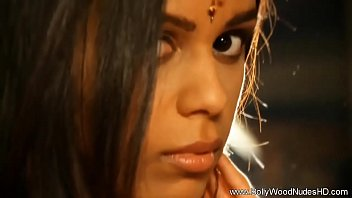 My Indian Lover Prepares Her Body For Me thumbnail
