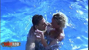 Horny blonde milf fucked in double penetration thumbnail
