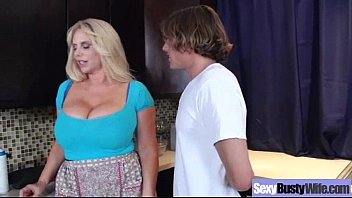 Sex Tape With Big Juggs Nasty Wife mov-25 5分钟