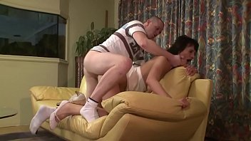 A cuckold woman takes r. with her neighbor by getting fucked.