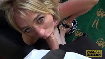 UK subslut assfucked hard and punished by powerful dom 10分钟