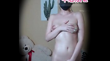 nude body to irritate boy friend缩略图