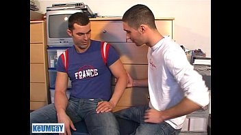 Gay instant messaging service Nicolas a real straight guy serviced, get sucked by a guy :
