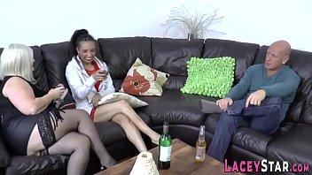 Granny and ebony milf in threesome 12 min