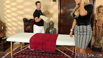 Ass massaged - Duped massaged babe cum